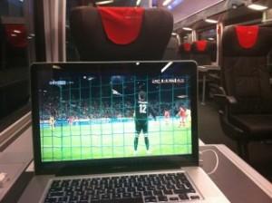 Fussball EM Spiele im Zug sehen